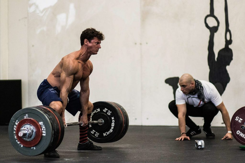 Esiste una relazione diretta tra espressione di forza (esercizi fondamentali) e lo sviluppo di massa muscolare