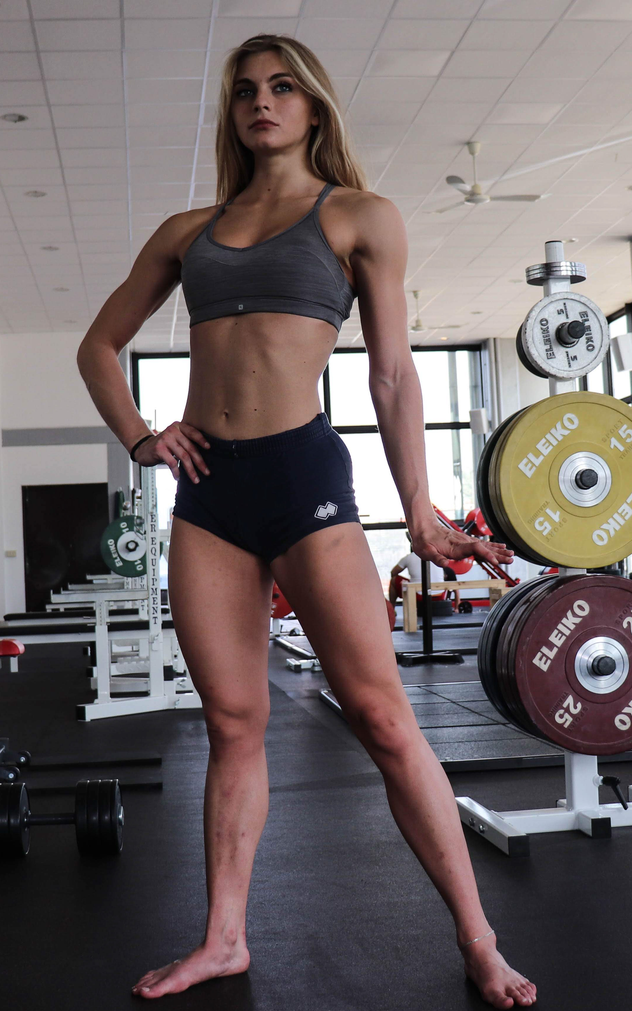 ipertrofia Alessia, atleta bikini