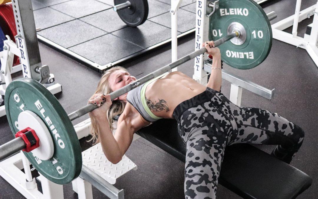 PANCA PIANA PER LE DONNE: come migliorare la muscolatura